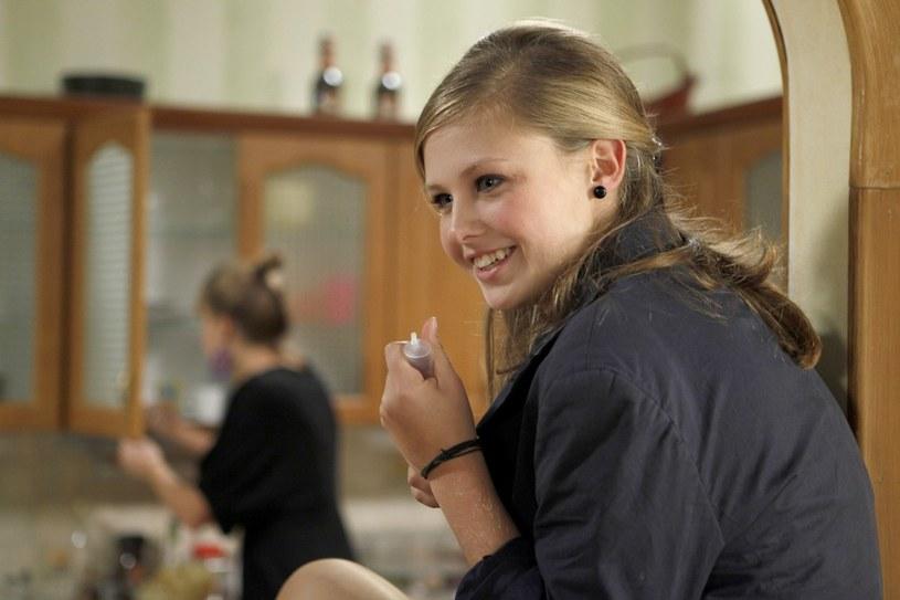 Anna Kaczmarczyk przyznaje, że do grania w filmach i serialach nie jest jej potrzebny dyplom ukończenia szkoły aktorskiej.  Jednak po egzaminach maturalnych właśnie do jednej z nich będzie starała się dostać... /Agencja W. Impact