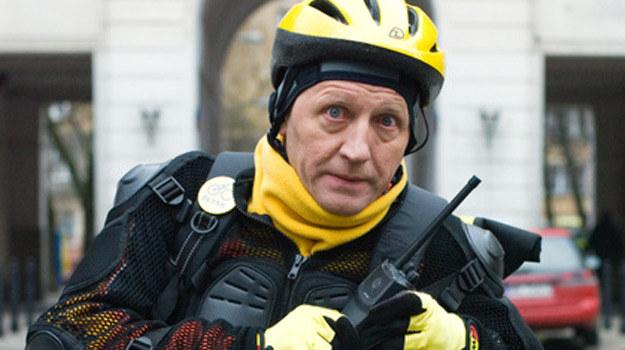 """Artur Barciś w serialu """"Doręczyciel"""" /Agencja W. Impact"""