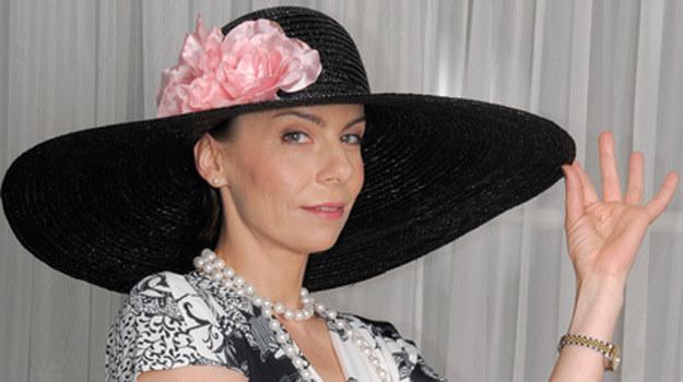 Carmen Rota-Majewska (Agata Kulesza) będzie musiała zdecydować, komu może zaufać /Agencja W. Impact