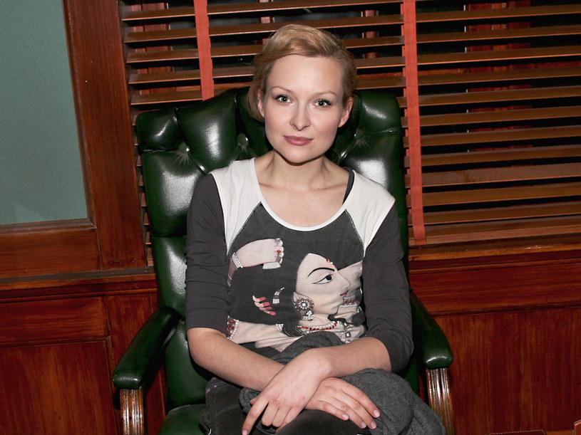 Choć Aleksandra Duszyńska to diametralnie inna osoba niż Marietta Żkowska, aktorka jest zdania, że mogłaby być jej przyjaciółką. /Wawrzyniec Fularz