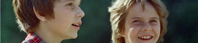 Choć w serialu grali bliźniaki, w życiu byli tylko rodzeństwem: Wojciech miał 10 a Anna 9 lat /Polfilm /East News