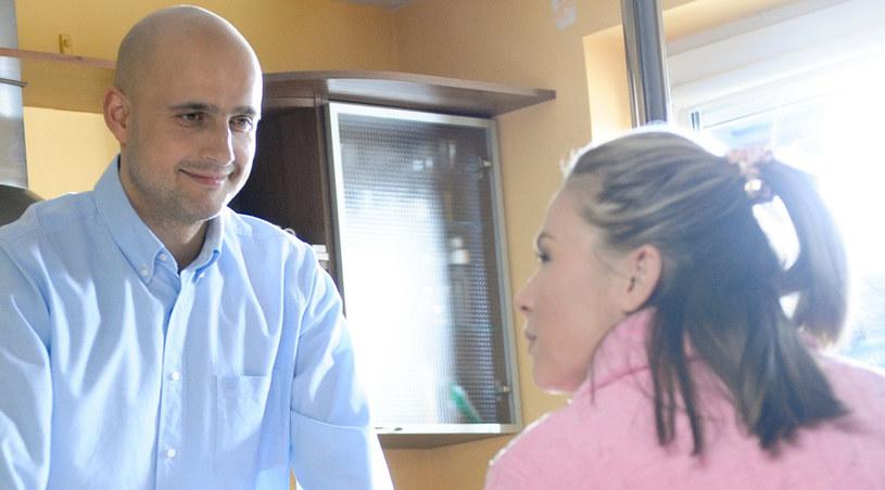 Czy Agata i Tomek zostaną parą, a Marta poślubi Rafała? /Agencja W. Impact