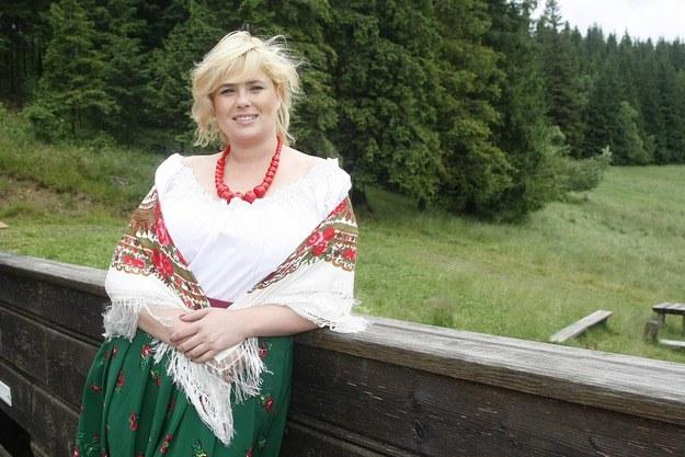 Elżbieta Romanowska w górskich plenerach /Jarosław Wojtalewicz /AKPA