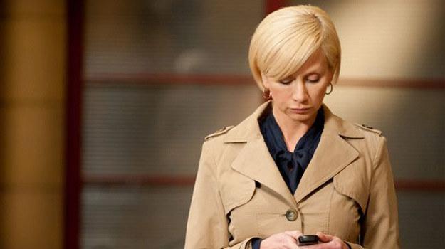 Ewa Hoffer (Ewa Gawryluk) ma poważne kłopoty /TVN