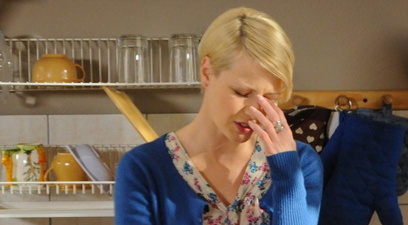 Hankę (Małgorzata Kożuchowska) przytłoczyły problemy /Agencja W. Impact