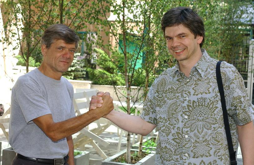 """Henryk Gołębiewski (""""Cegiełka"""") i Filip Łobodziński (Julek) stanowili filary obsady """"Stawiam na Tolka Banana"""" /Agencja W. Impact"""