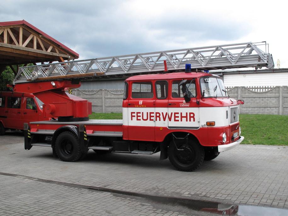 Jeden z otrzymanych wozów strażackich /Adam Górczewski /RMF FM