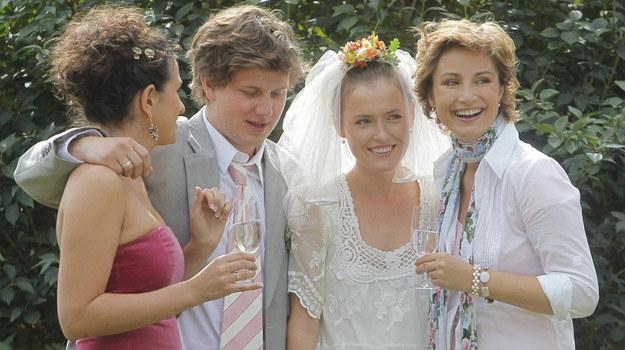 """Jedną z wiosennych propozycji stacji TVP Seriale będzie """"Miłość nad rozlewiskiem"""" /Engelbrecht /AKPA"""