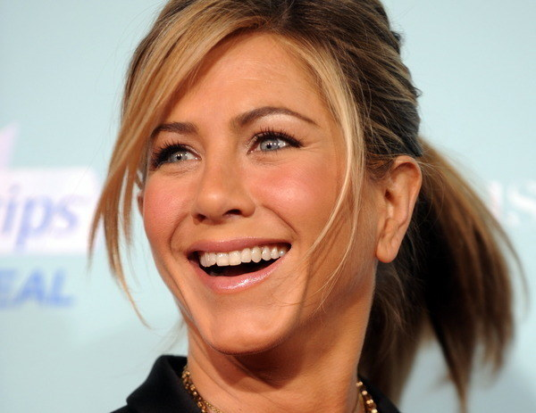 """Jennifer """"Dziewczyna z sąsiedztwa"""" Aniston /AFP"""