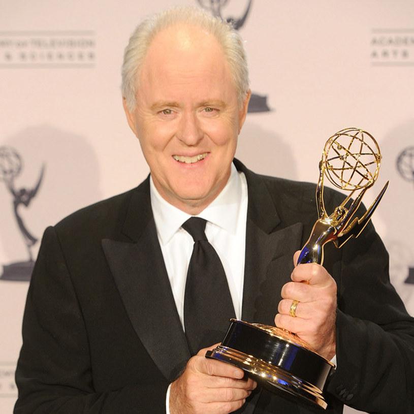 """John Lithgow dzierży Emmy za swoją rolę w serialu """"Dexter"""" /AFP"""