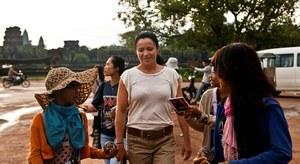 Już w poprzednich edycjach Ewa Drzyzga zabierała ekipę tv na drugi koniec świata. Z pobytu w Kambodży przywieźli materiał na 2 odcinki /TVN