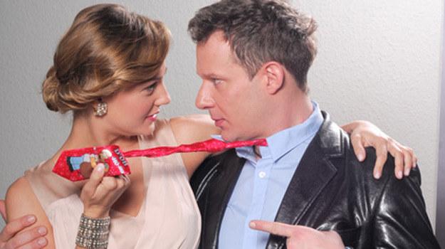 Konstancja (Małgorzata Socha) i Czarek (Grzegorz Małecki) mieli się ku sobie od dawna /Agencja W. Impact