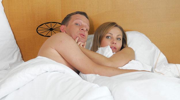Konstancja zaprosi Cezarego na upojny seks w hotelu /Agencja W. Impact