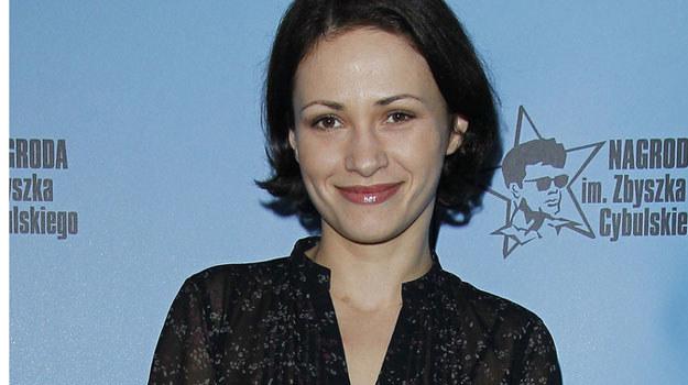 Laura (Ewa Hornich) zostanie rywalką Marii w walce o względy Borysa /Engelbrecht /AKPA