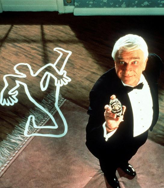 Leslie Nielsen jako Frank Drebin /AKPA