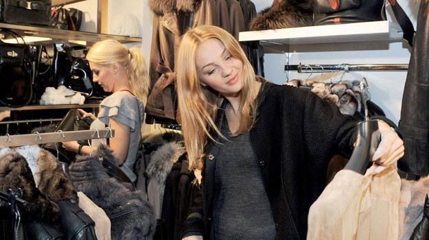 """Małgorzata Socha, czyli Konstancja Grylak z """"Prosto w serce"""", stara się zawsze nadążać za modą /Agencja W. Impact"""