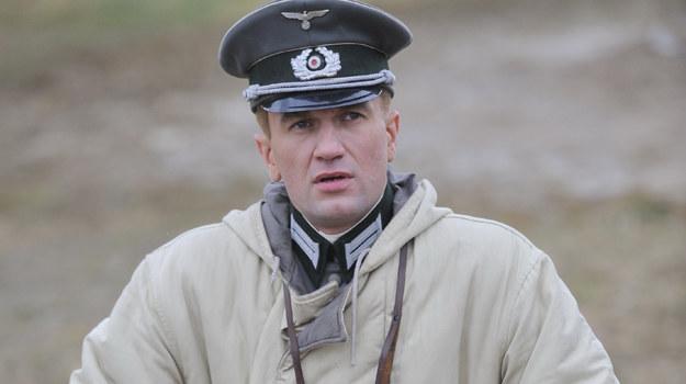 Młody Hans Kloss (Tomasz Kot) /MWMedia