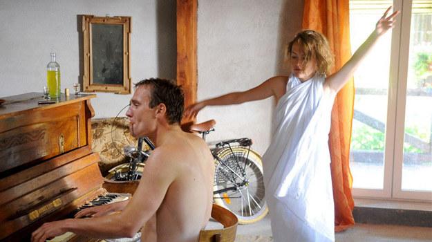 Młodzi zakochani - Marysia (Olga Frycz) i Krzysztof (Mateusz Janicki) /Agencja W. Impact