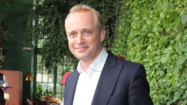 Piotr Adamczyk nie boi się aktorskich wyzwań - najpierw zagrał papieża, później szefa gestapo, na końcu erotomana /Agencja W. Impact