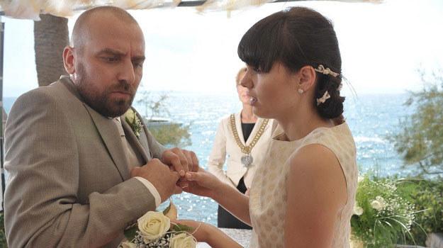 Piotrek (Wojciech Mecwaldowski) i Lena (Karolina Gorczyca) /Agencja W. Impact