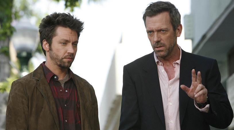 Początek znajomości Lukasa i House'a nie zapowiadał, że staną się rywalami /AXN