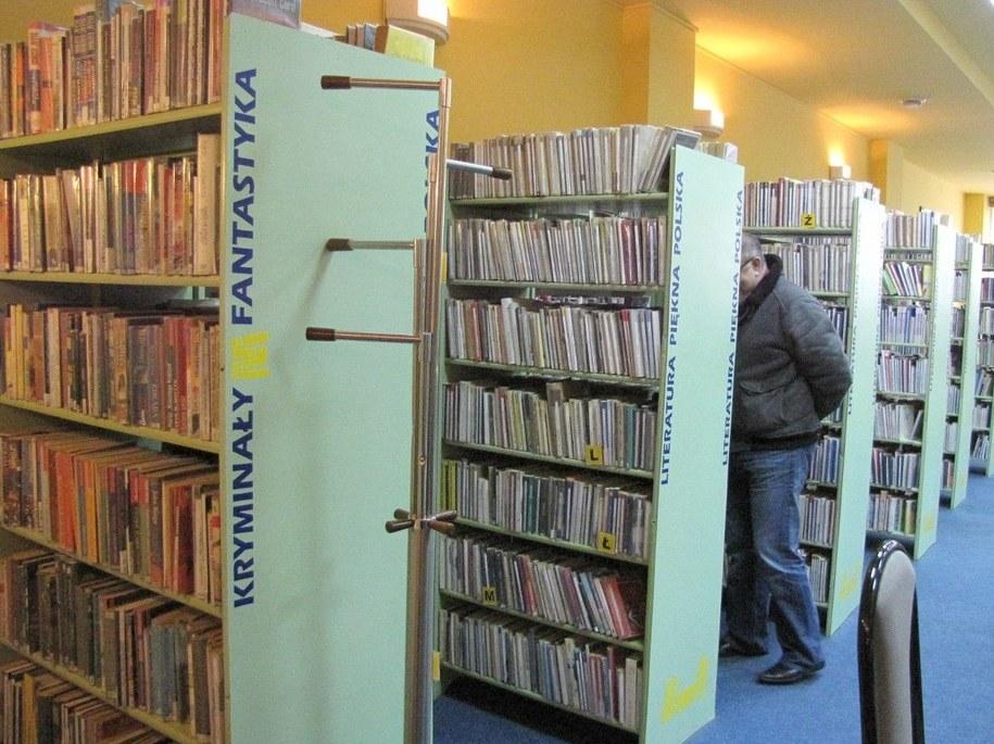 Ponad połowa Polaków nie czyta książek /Tomasz Kot /RMF FM