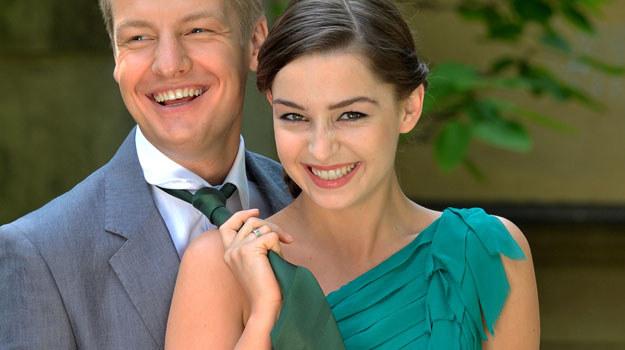 Swietnie mi się współpracuje z moją serialową żoną - przekonuje Rafał Mroczek /Agencja W. Impact