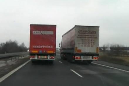 Tiry często blokują drogi /INTERIA.PL