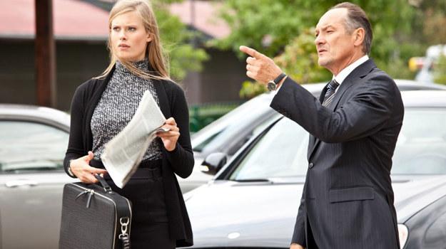 Właściciel Galerii, Woydatt (Tomasz Dedek) z córką Anitą (Julia Pietrucha) /materiały prasowe