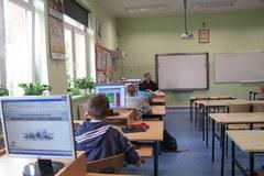 """""""Cyfrowa szkoła"""" nie dla każdego ucznia"""