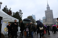"""""""Czarny protest"""" w Warszawie. """"NIE dla pogardy i przemocy wobec kobiet"""""""