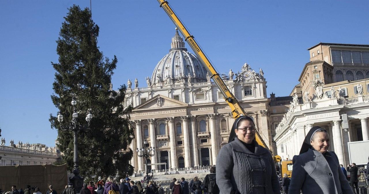 """""""Dar dziękczynny Kościoła"""" przybył z Polski do Watykanu"""