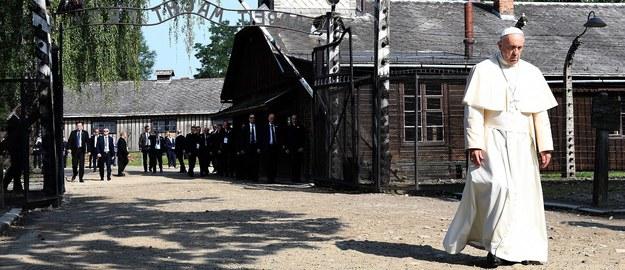 """""""Już każdy papież, który odwiedzi Polskę, pojedzie do Auschwitz"""""""