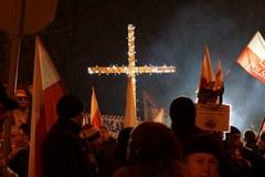 """""""Patriotyzm to nie faszyzm"""". Protest przed domem Wojciecha Jaruzelskiego"""