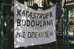 """""""Śmierć ulicy"""". Mieszkańcy protestują przeciwko budowie linii tramwaj"""