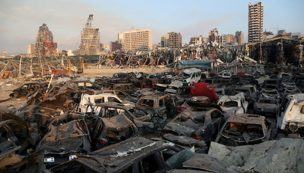 """""""To było jak wybuch bomby atomowej"""". Potężne zniszczenia w Bejrucie"""