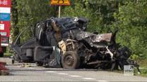 """""""Wydarzenia"""": Czołowe zderzenie. Zginęli kierowcy oraz dwoje dzieci"""