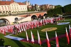 """""""Zjednoczeni pod Biało-czerwoną"""". Święto Flagi Rzeczypospolitej z RMF FM!"""
