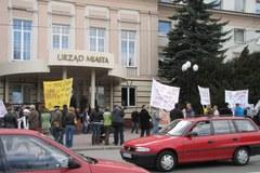 """""""Żółta manifestacja"""" w Bełchatowie"""