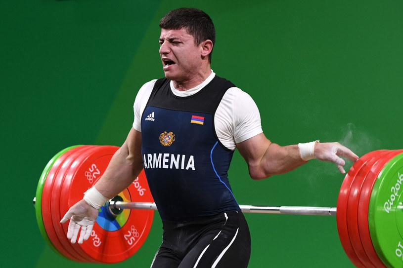 Andranik Karapetjan doznał kontuzji łokcia /AFP