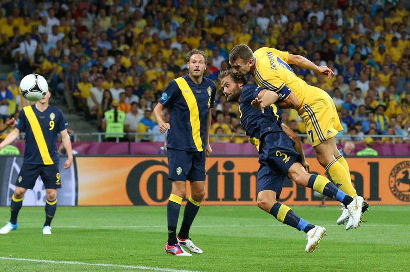 Andrij Szewczenko (35 lat i 256 dni) w pierwszym meczu Ukrainy w roli gospodarza Euro 2012 zapewnił swojej reprezentacji zwycięstwo nad Szwecją. Dwa gole Szewczenki sprawiły, że Ukraina wygrała ze Szwecją 2-1, choć przegrywała 0-1. /Alex Livesey /Getty Images