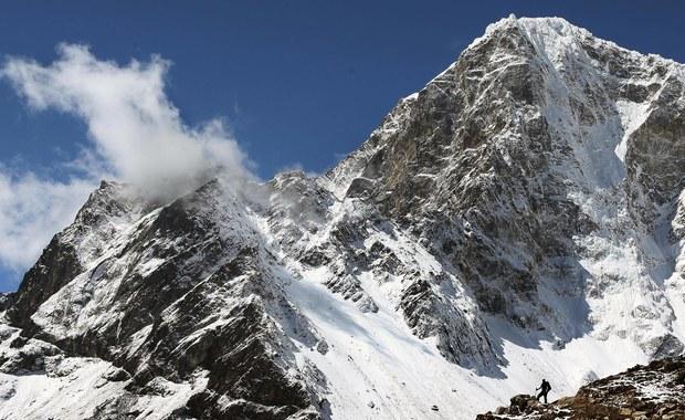 Andrzej Bargiel chce zjechać z Everestu na nartach