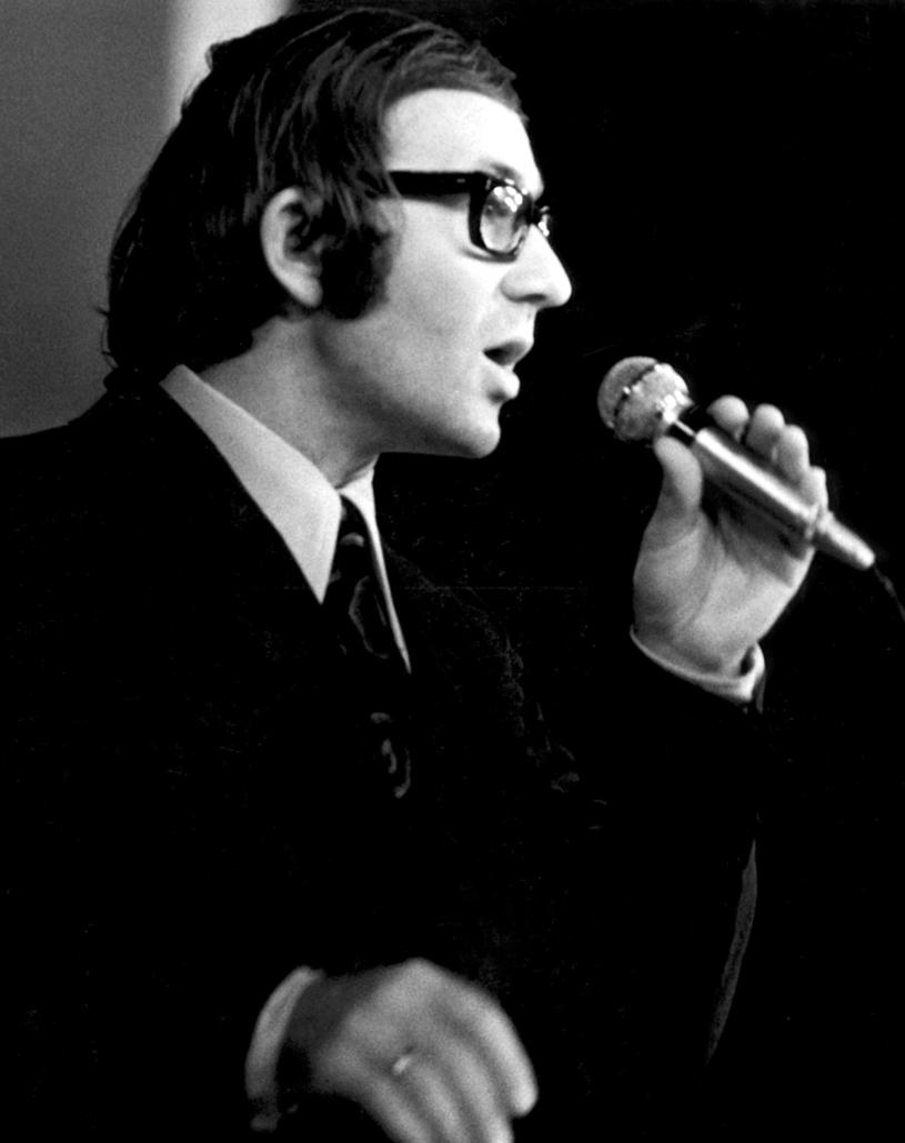 Andrzej Dąbrowski karierę muzyczną rozpoczął jeszcze w latach 50. /Marek Karewicz /AKPA