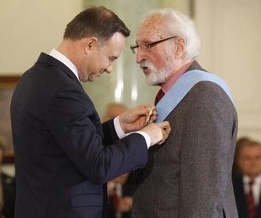 Andrzej Duda gratuluje Franciszkowi Pieczce
