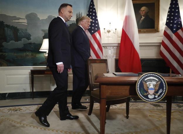 Andrzej Duda i Donald Trump tuż przed podpisaniem deklaracji o współpracy obronnej w zakresie obecności sił zbrojnych Stanów Zjednoczonych na terytorium Polski /SHAWN THEW/POOL /PAP/EPA