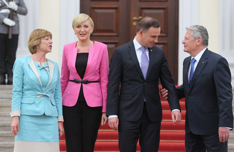 Andrzej Duda i Joachim Gauck z małżonkami w Berlinie /PAP/EPA