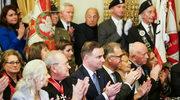 Andrzej Duda odznaczył osoby działające na rzecz Polonii we Francji