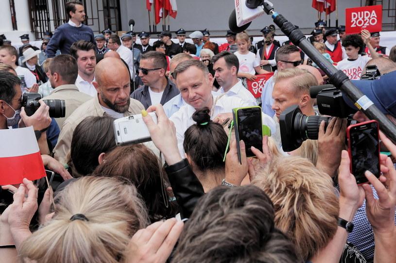 Andrzej Duda podczas kampanijnego objazdu po Polsce / Artur Reszko    /PAP
