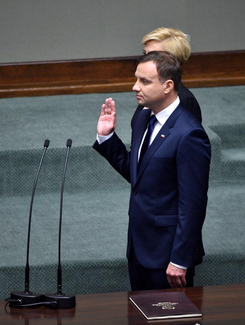 Andrzej Duda podczas składania przysięgi /Jacek Turczyk /PAP