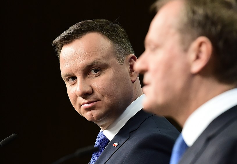 Andrzej Duda podczas spotkania z Donaldem Tuskiem /AFP
